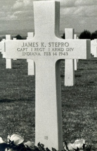Pete's grave in Tunisia.