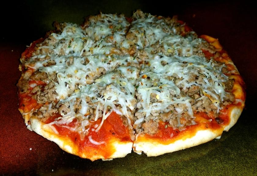 Flatbread pizza with ground lamb