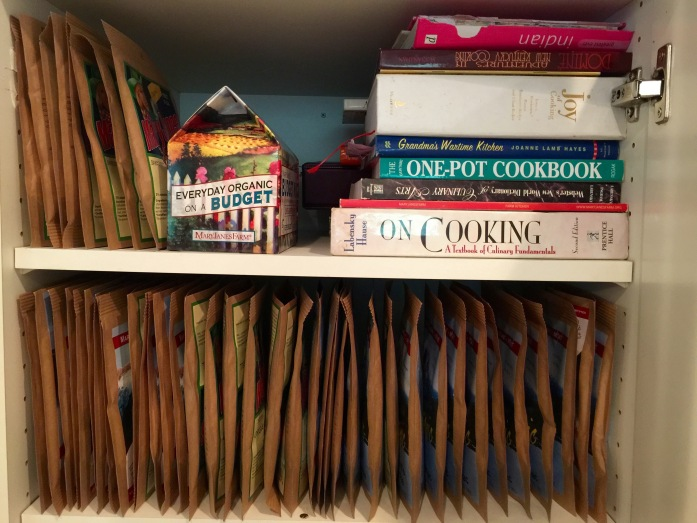 Too bad WordPress doesn't support Smell-o-blogging, because this shelf and a half smells SO GOOD!